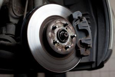 Screeching Brakes and 3 Other Signs it's Time for Brake Repair